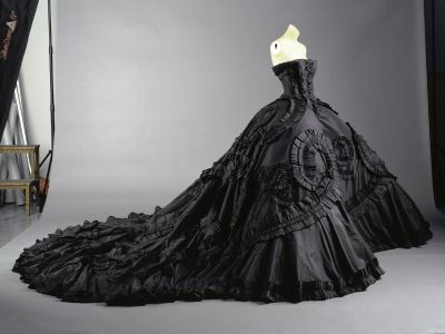 Black wedding dress black wedding dresses for Black designer wedding dresses